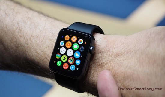 ������������ �����-����� Apple Watch ����� ������������ � Android Wear