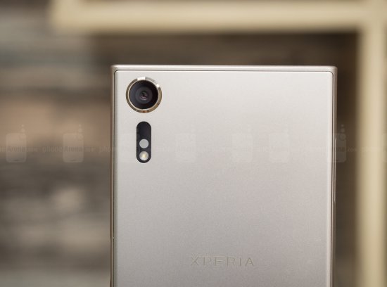 1494683123_sony-xperia-xzs-review-011.jp