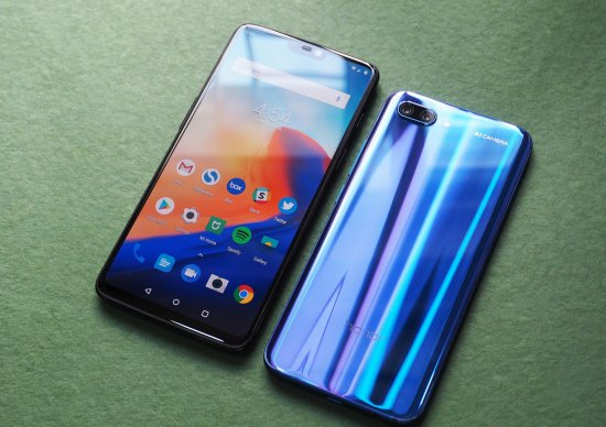 OnePlus 6 vs Huawei Honor 10 - что купить