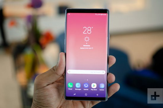Экраны Galaxy Note 9 vs BlackBerry Key2