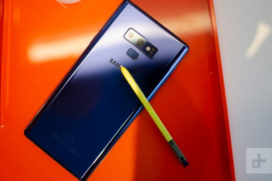 сравнение Samsung Galaxy Note 9 и BlackBerry Key2
