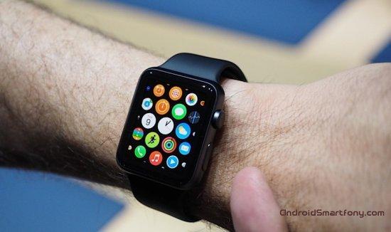 Преимущества смарт-часов Apple Watch перед устройствами с Android Wear