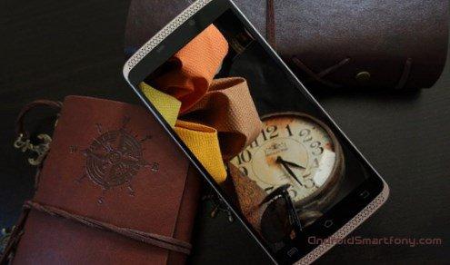 VKworld VK700 Max - бюджетный смартфон с мощным аккумулятором