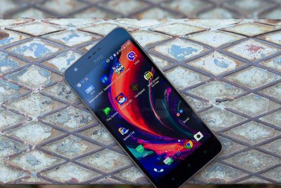 Обзор HTC Desire 10 Lifestyle - новый камерафон HTC