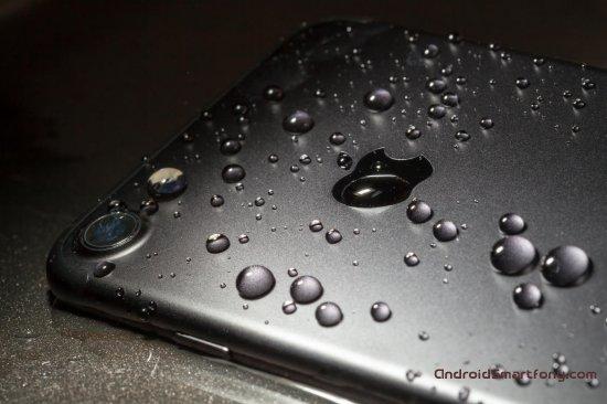 5 лучших смартфонов с защитой от воды (2017)