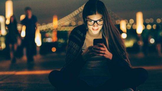 11 причин перестать смотреть в смартфоны