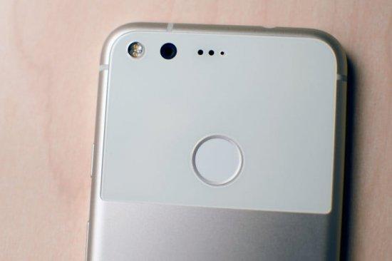 камеры Essential Phone vs Google Pixel