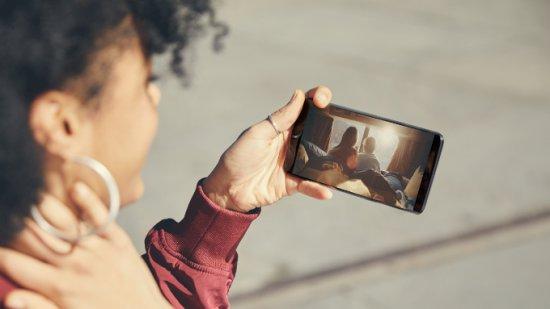 Все новые возможности смартфона OnePlus 5T