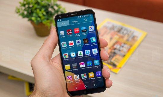лучший компактный смартфон 2017 года LG Q6