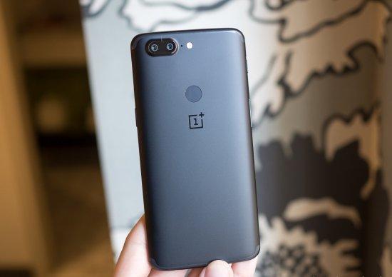 Обзор смартфона OnePlus 5T - что нового?