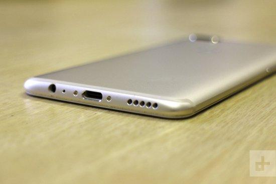 Автономная работа и подзарядка OnePlus 5 и OnePlus 5T