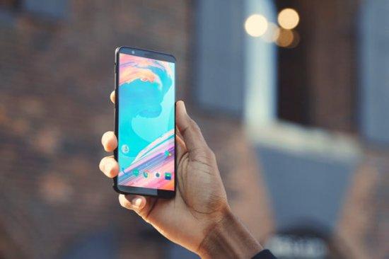 OnePlus 5 и OnePlus 5T: стоит ли обновляться?