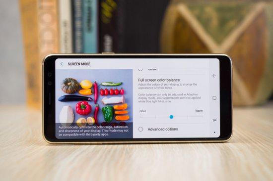 Экран Galaxy A8 2018