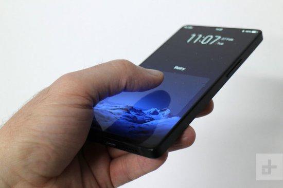 Обзор концепт-смартфона Vivo Apex - безрамочный экран и выдвижная селфи-камера