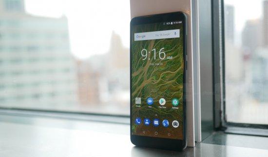 Краткий обзор ZTE Blade V9 и V9 Vita - смартфоны средней ценовой категории с флагманским дизайном