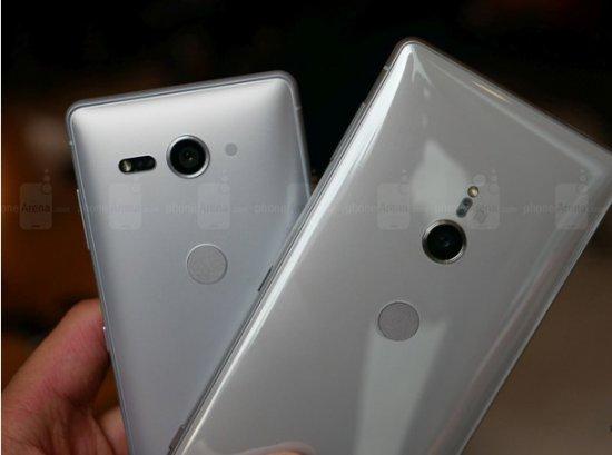 Разница между смартфонами Sony Xperia XZ2 и Xperia XZ2 Compact