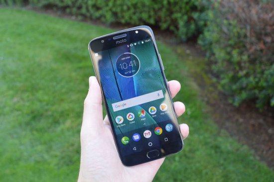 Moto G5S Plus - лучший смартфон до 20000 рублей 2018