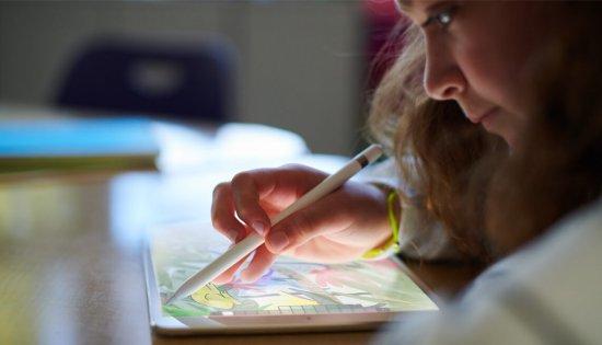 Apple выпускает новый iPad 9.7 с поддержкой стилуса