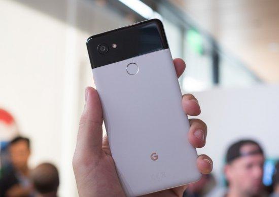 один из самых дорогих андроид Google Pixel 2 XL