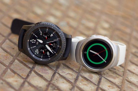 Часы Samsung Gear S4 могут выйти в двух размерах