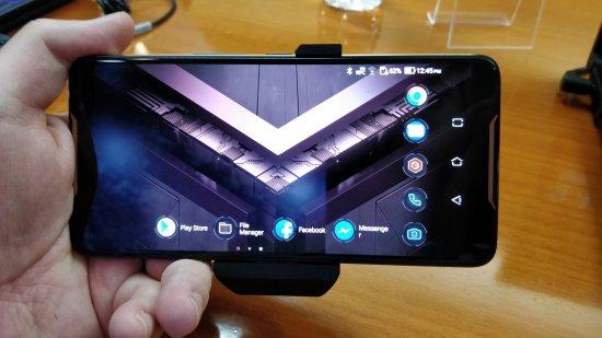 Состоялся анонс игрового смартфона Asus ROG Phone