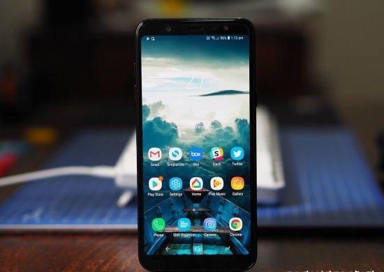 Обзор смартфона Samsung Galaxy A6+: шаг вперёд и два назад