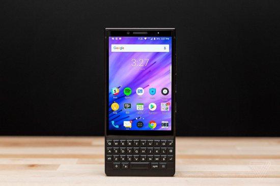 Обзор BlackBerry Key2: клавиатура со смартфоном