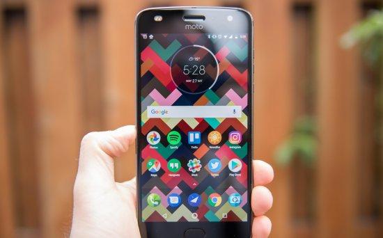 Moto Z3 Play против Moto Z2 Play: следует ли обновляться?