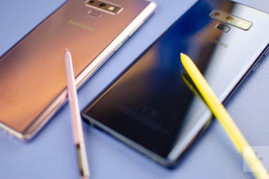 Сравнительный обзор смартфонов Samsung Galaxy Note 9 и BlackBerry Key2