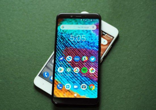 Сравнительный анализ смартфонов Xiaomi Mi A2 и Xiaomi Mi A1