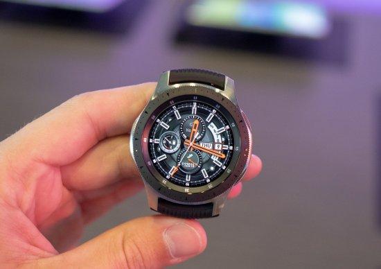 Сравнительный обзор часов Samsung Galaxy Watch и Samsung Gear S2