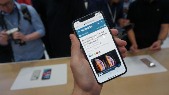 Сравнительный анализ смартфонов iPhone XS и iPhone X