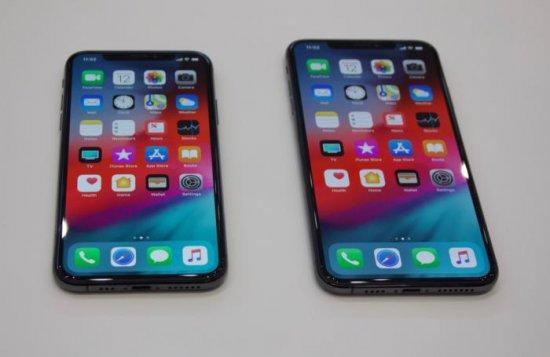 Сравнение смартфонов iPhone XS и Xs Max с Galaxy Note 9