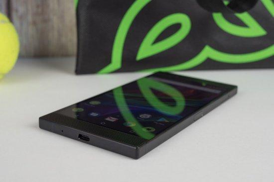 Вся информация о смартфоне Razer Phone 2