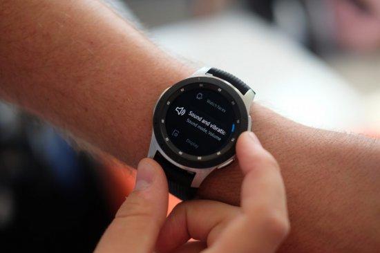 часы самсунг galaxy watch
