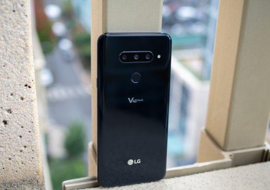 Обзор LG V40 ThinQ: пять камер назло Samsung