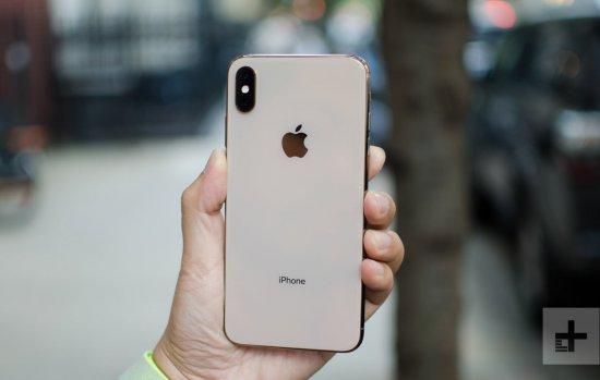 Сравнительный обзор смартфонов Apple iPhone XS Max против HTC U12 Plus