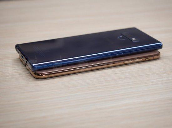 Сравнительный обзор смартфонов iPhone XS Max и Samsung Galaxy Note 9