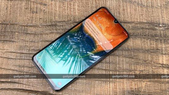 Обзор смартфона Samsung Galaxy A30 - почему этот телефон существует?