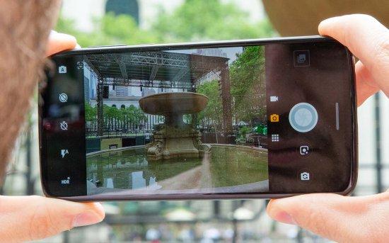 Moto Z4 камеры