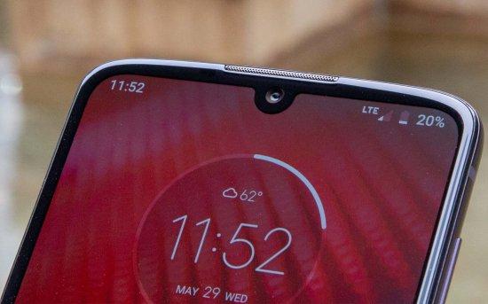 Обзор смартфона Moto Z4 - трагически скучно