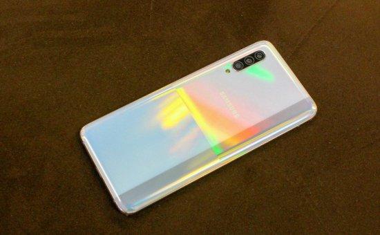 Первое знакомство со смартфоном Samsung Galaxy A90 5G
