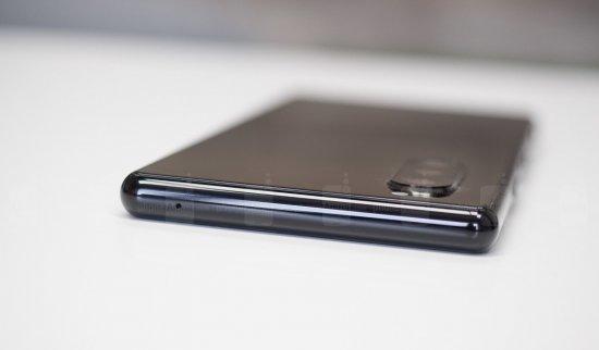 Обзор смартфона Sony Xperia 5 - лучшая камера в кармане?