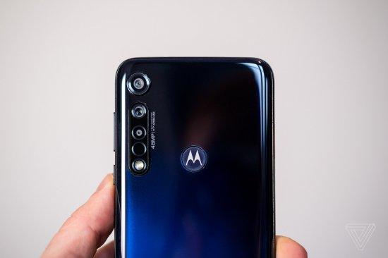 Обзор смартфона Motorola Moto G8 Plus - доступный победитель от Motorola?